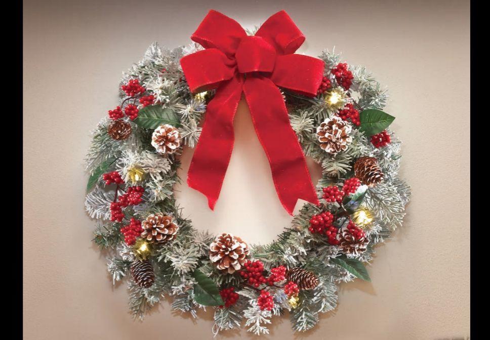 christmas-decoration-wreath